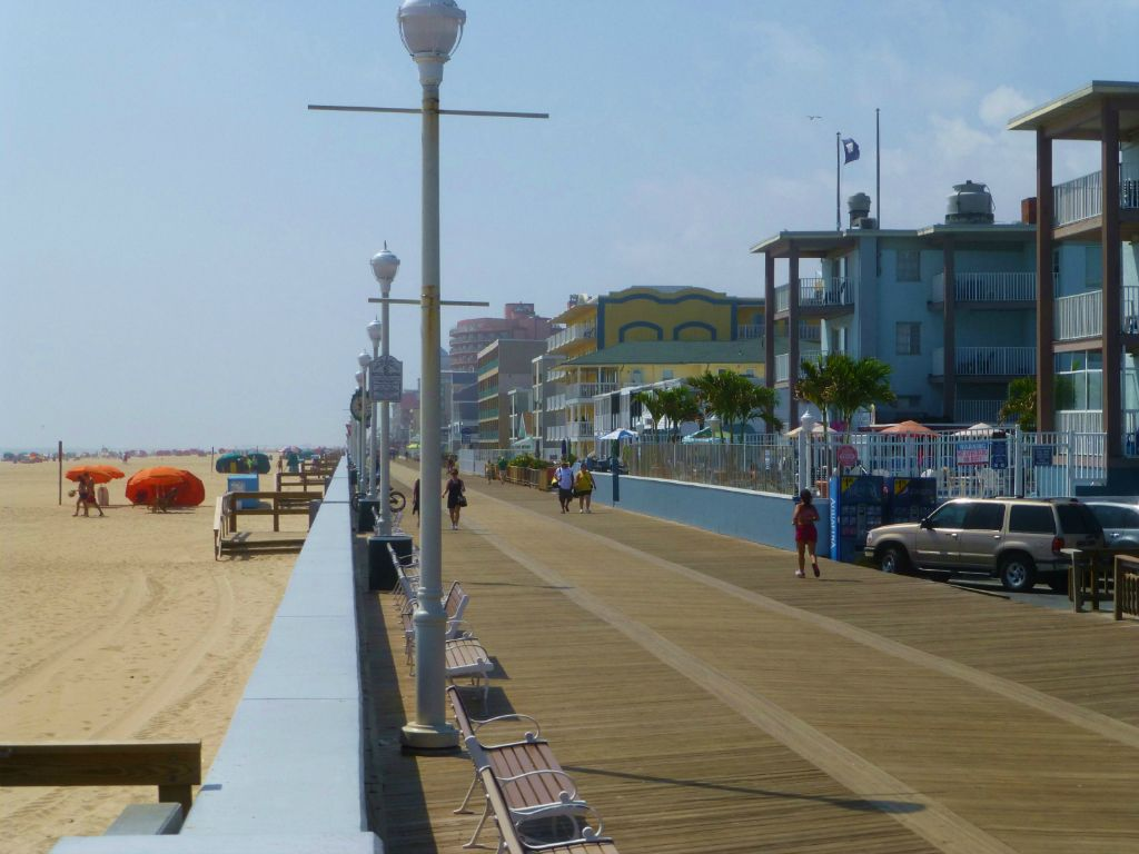Renovated Unit in Downtown OC - 1.5 Blocks to Beach/Boardwalk/Inlet