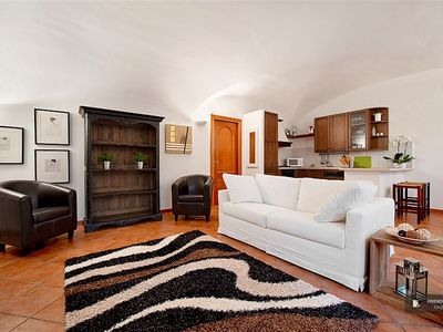 Photo for Friendly Rentals The Red Apartment in Rome