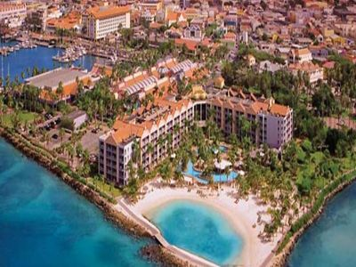 Photo for One bedroom at Renaissance Aruba.  Enjoy the amazing beach and private island!