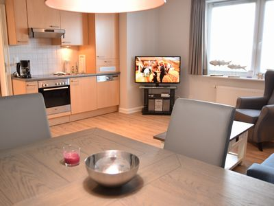Photo for Modern apartment for 3 people in a central location with Wi-Fi and parking, Andreas-Nielsen-Str. 12, W2