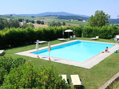 Photo for Apartment Podere Cignanrosso  in Castellina in Chianti, Siena and surroundings - 8 persons, 3 bedrooms