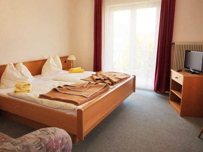 Photo for Double Room 28 Seeblick - Zur Landeroith GmbH