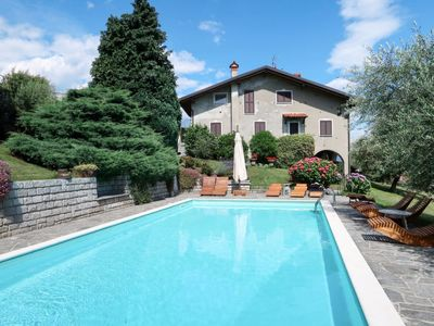 Photo for Domaso Apartment, Sleeps 4 with Pool and Free WiFi