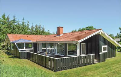 Photo for 5 bedroom accommodation in Ålbæk