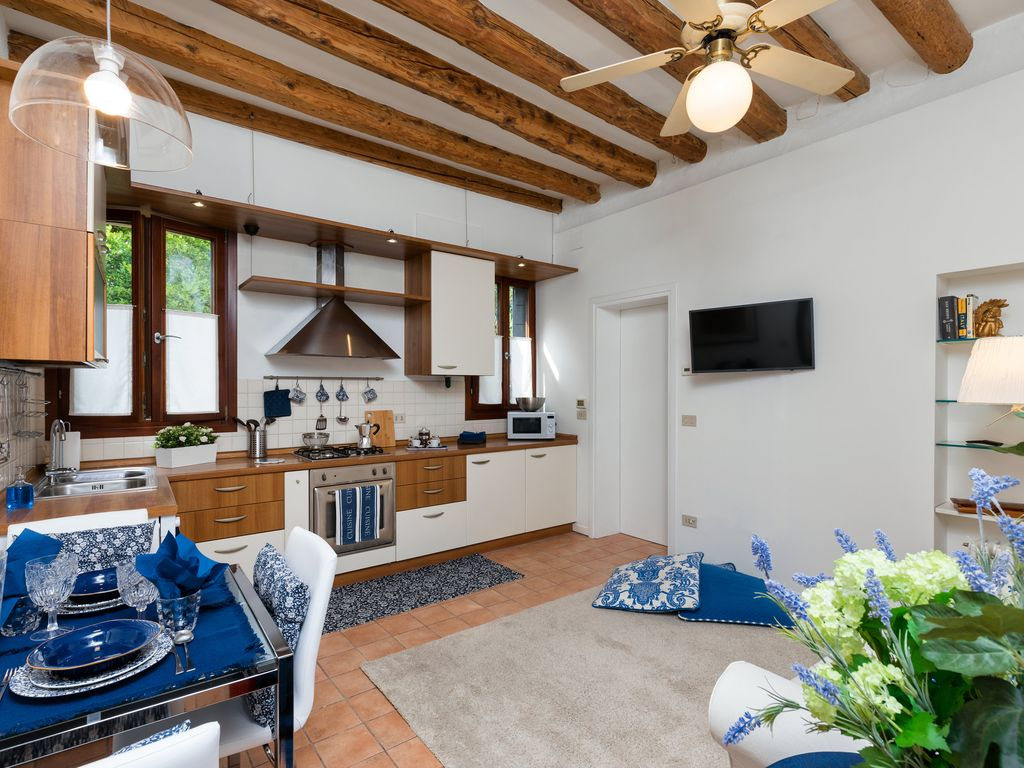 Apartment located in Cannaregio district which is still the most venetian
