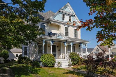 Blue View Victorian - Welcome Home!