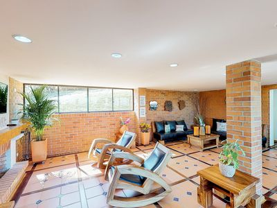 Photo for Dog-friendly home w/ a full kitchen, fireplace, furnished balcony, mountain view