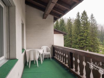 Photo for Apartment Cristallina 2 / Brandenberger in Laax - 4 persons, 3 bedrooms