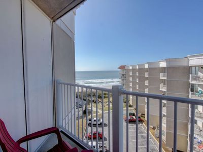 Photo for Adorable Updated Oceanfront Condo on the TOP FLOOR!