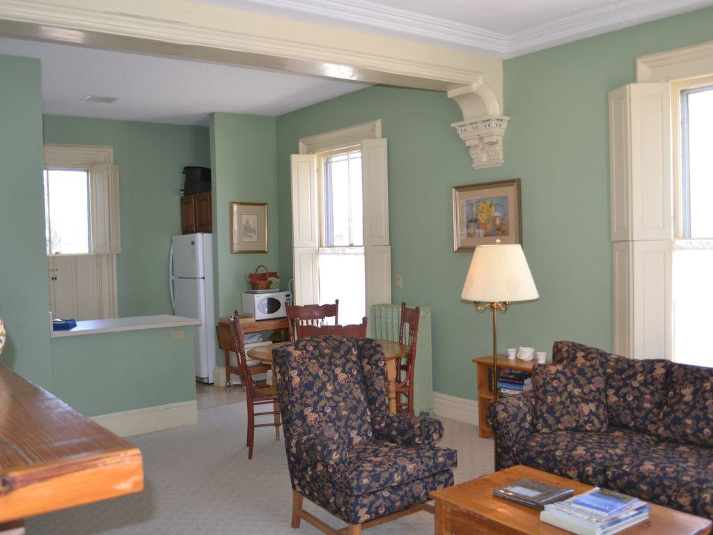 Downtown Apartments For Rent 1 2 Bedroom Apartments Available Nantucket