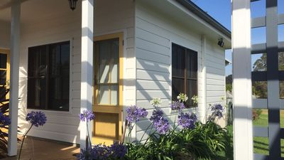 Photo for 1BR Bed & Breakfast Vacation Rental in Lovedale, NSW