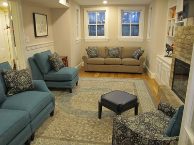 Photo for Capitol Hill--Gorgeous, Fully Furnished Luxury 1 BR w/separate DR/Den, 950sqft