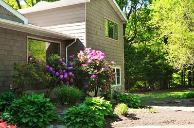 Convenient to HITS and everything in the Hudson Valley-close to the train/bus.