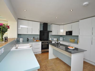 Bespoke well equipped kitchen