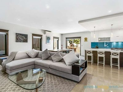 Photo for Grand Valley Vista - Spacious & Contemporary Accommodation