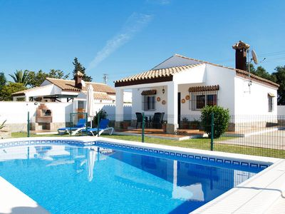 Photo for Vacation home LUCIA  in Conil de la Frontera, Costa de la Luz - 4 persons, 2 bedrooms