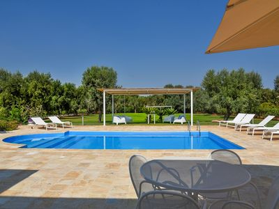 Photo for Villa Theros with Pool and Jacuzzi