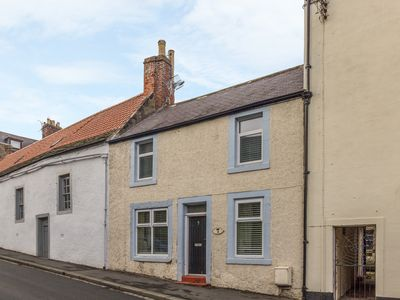 Photo for CHURCH STREET COTTAGE, pet friendly in Wooler, Ref 998148