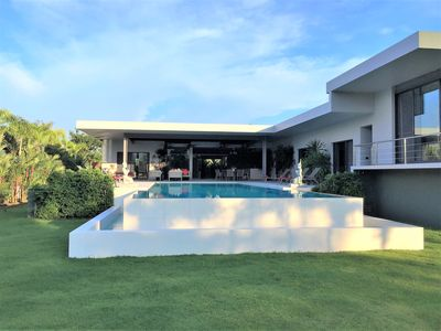 Photo for Modern Villa Rawai of 880 m2, 5 suites, pool 17x6, garden, services