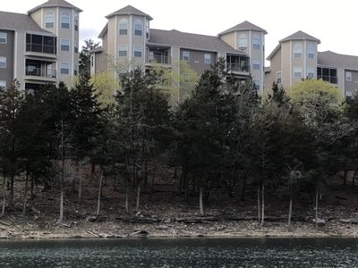 Photo for Lakefront condo on Table Rock Lake