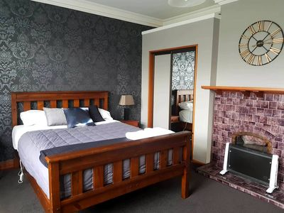 Photo for Oamaru Accommodation - Cosy On Till