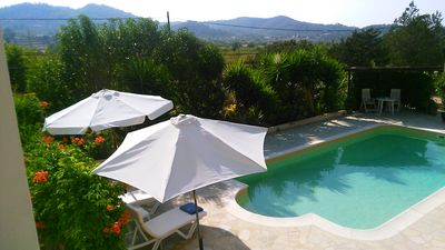 Photo for Charming  1-bedroomed studio with private pool.
