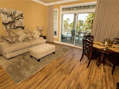 Photo for Reflections Condo for Two! Perfect Getaway to the Bay. Spa/Golf/Restaurants!