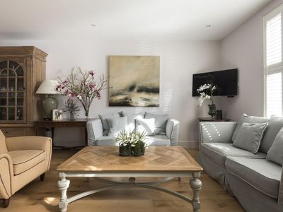 Photo for Orbain Road II - luxury 2 bedrooms serviced apartment - Travel Keys