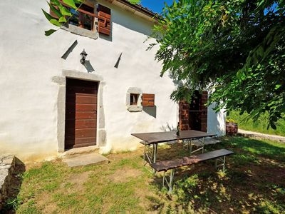 Photo for Holiday house with terrace and barbecue facilities