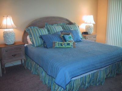 Photo for Discount! Luxurious Edgewater Resort! May and August rates reduced!