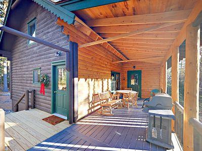 Deck - A large deck is the perfect spot to enjoy surrounding woodland vistas.