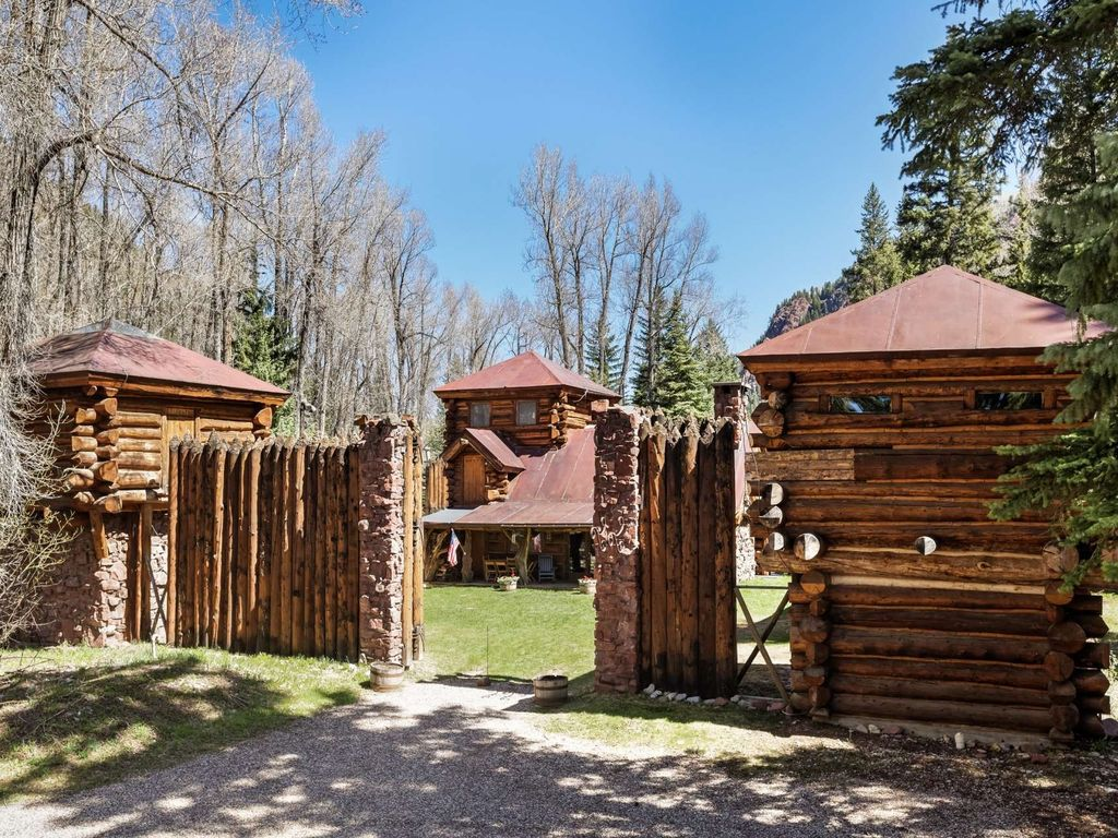 Aspen cabin in the woods with wood fireplace private for Cabine colorado aspen