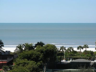 Photo for Marriott Alternative! Beach,  Ocean (Gulf of Mexico), Free WiFi and Parking!!!