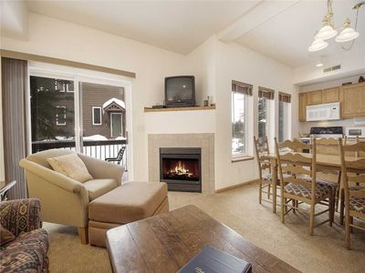 Photo for Wonderful 2 bedroom in Fraser, modern furnishings and comfortable.