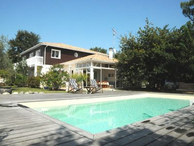 Photo for Villa 4 * for 12 people, heated pool, Arcachon Bay, LaTeste