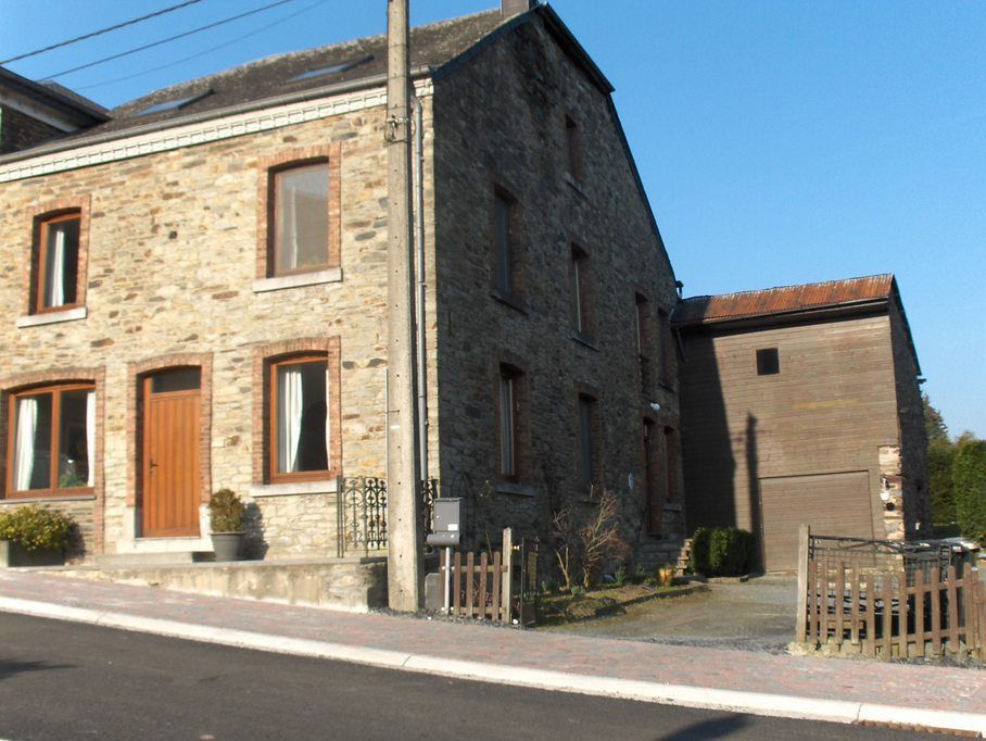 6 Bedroom Accommodation In Fays Les Veneurs