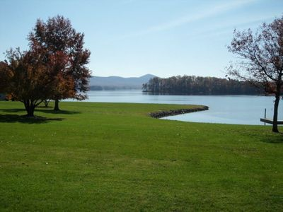 Photo for 3 bedroom 3 bath waterfront town home with beautiful water views and tons of amenities! Sleeps 6