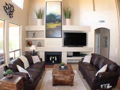 Photo for Vacation Paradise in the heart of Kierland Scottsdale! Beautifully furnished.