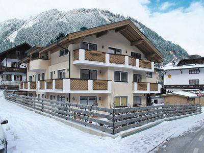 Photo for Apartment Rosa Apartmenthaus (MHO138) in Mayrhofen - 4 persons, 2 bedrooms