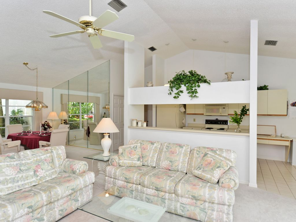 Beautiful lake front home with Pool in... - HomeAway Gulf Gate