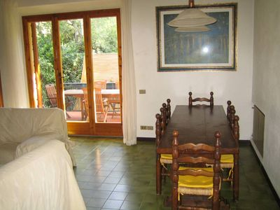 Photo for Villa a stone's throw from the sea 300 meters from Riva del Sole