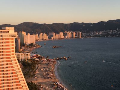 Photo for 3BR Condo Vacation Rental in Acapulco, GRO