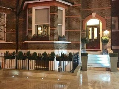Photo for Alluring Apartment in London near Big Ben