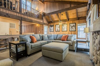 Enjoy 4 bedrooms, 3 bathrooms, a loft, and walk just 100 steps to the lake in this Lakeland Village rental!