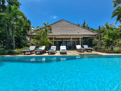 Photo for Modern, Luxury and Spacious Beach front Villa with Private Pool & Staff