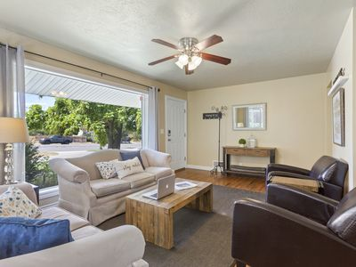 Beautiful Home Perfect Location to Ski and See City-25% Off Ski Rentals