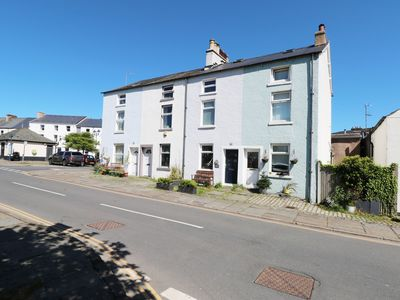 Photo for MILLSTONE COTTAGE, family friendly in Ulverston, Ref 30022