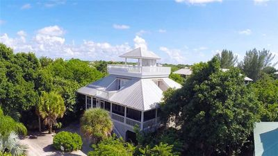 Photo for REMARKABLE BEACHHOUSE ON NORTH CAPTIVA WITH GULF VIEWS JUST A SHORT WALK AWAY FROM THE BEACH