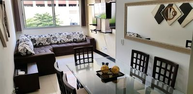 Photo for Pitangueiras, Boardwalk, Vista w / Sea 50m, Room Luxury 3 Bedrooms w / TV, Air and ceiling fans