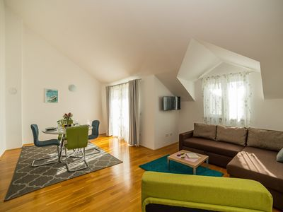 Photo for New One Bedroom Apartment in Makarska A3